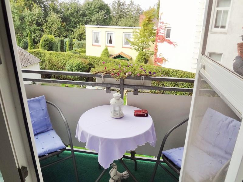 cuxhaven grimmersh rnbucht helle 4 zimmer etw mit balkon. Black Bedroom Furniture Sets. Home Design Ideas